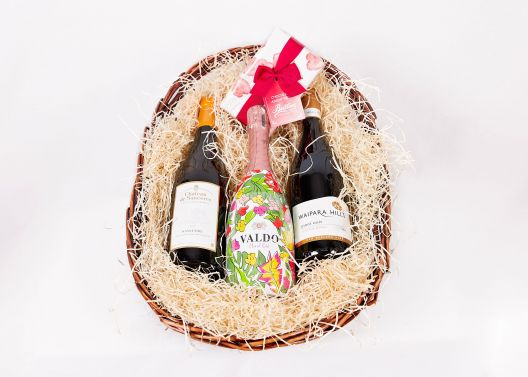 Mothers Day Wine Basket - Mother's Day Gifts